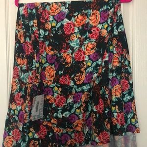 LuLaRoe Maxi - Green with Flowers